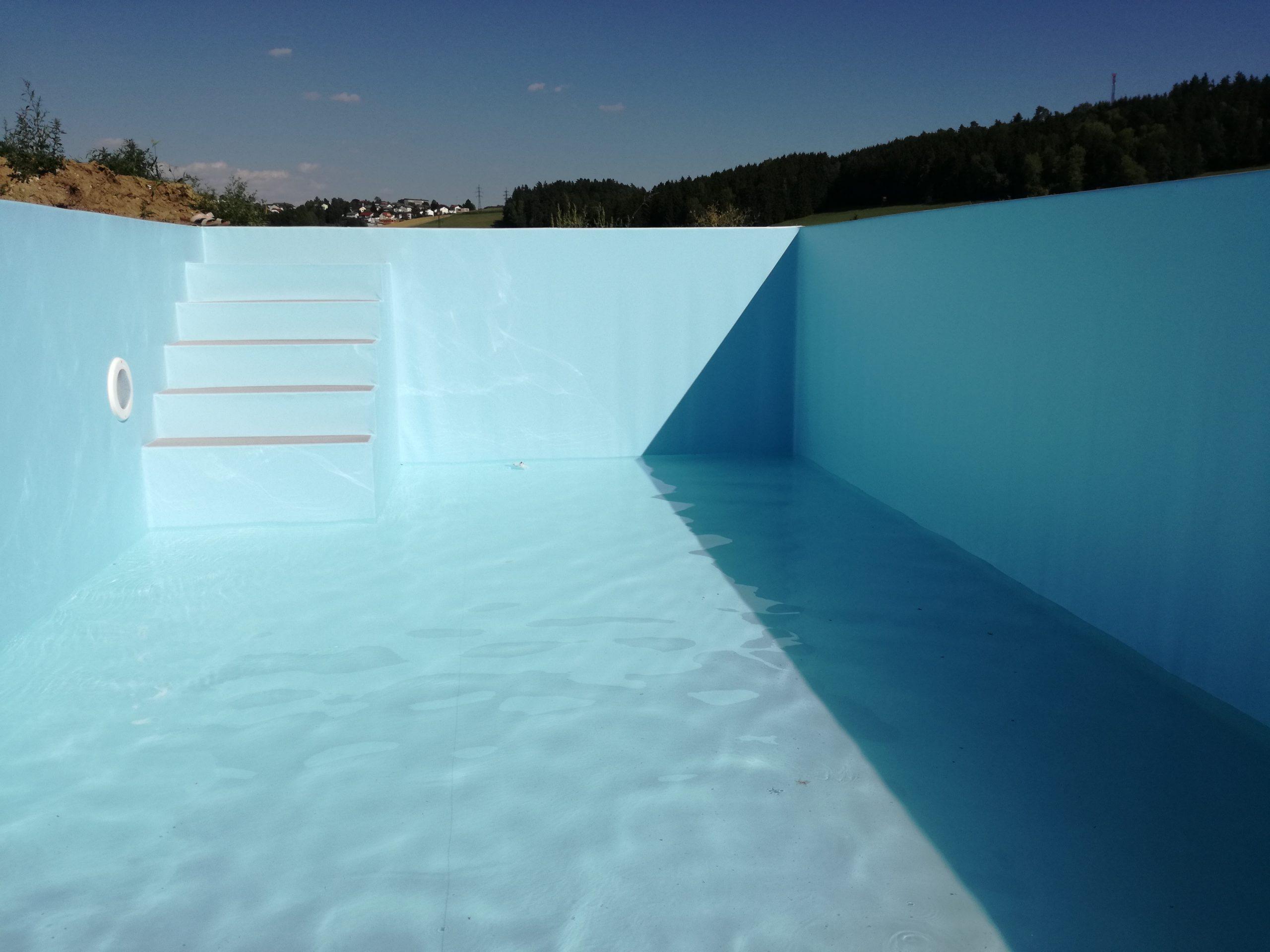 Machen Sie Ihr Schwimmbad winterfit!